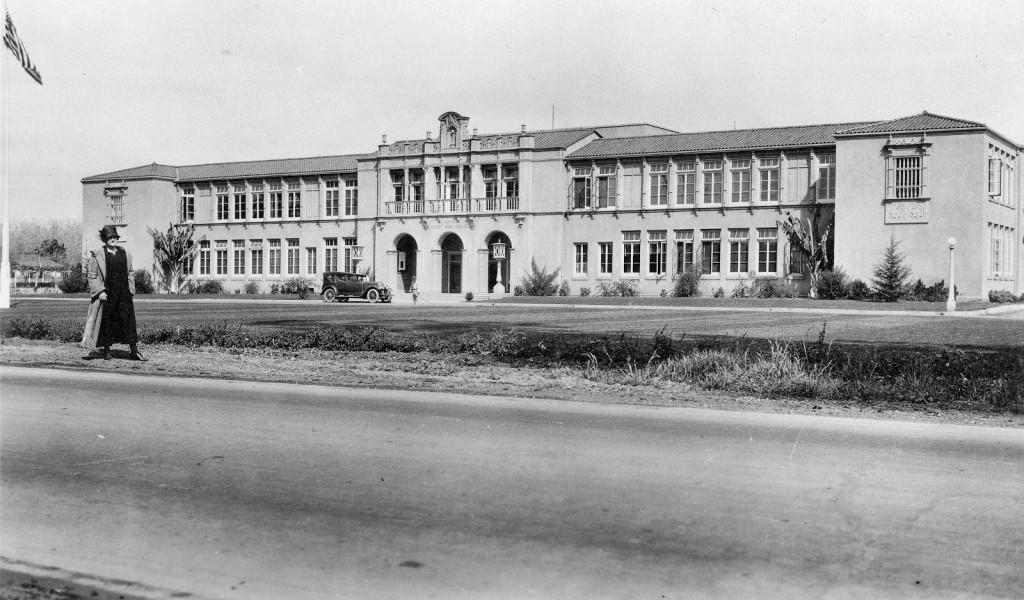 Tustin_High_School,_circa_1925 (1)