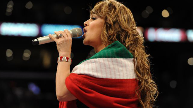 jenni-rivera-with-the-flag