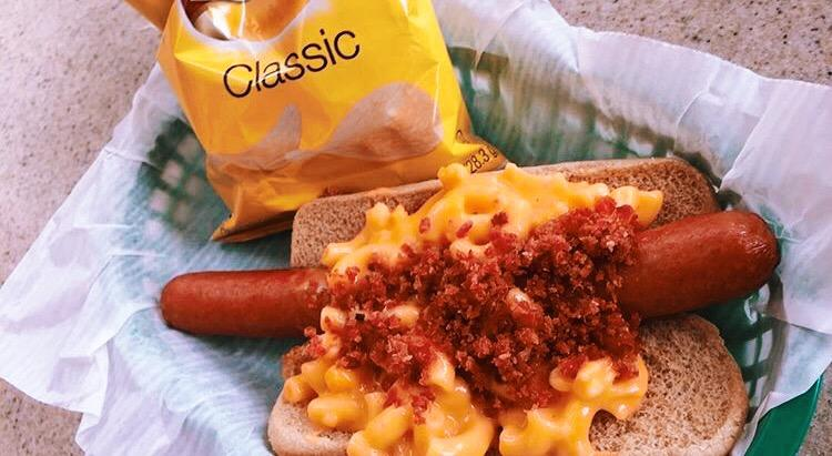hot-dog-w-mac-n-cheese